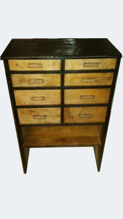 MEUBLE DE METIER A 8 TIROIRS / CRAFT FURNITURE WITH 8 DRAWERS