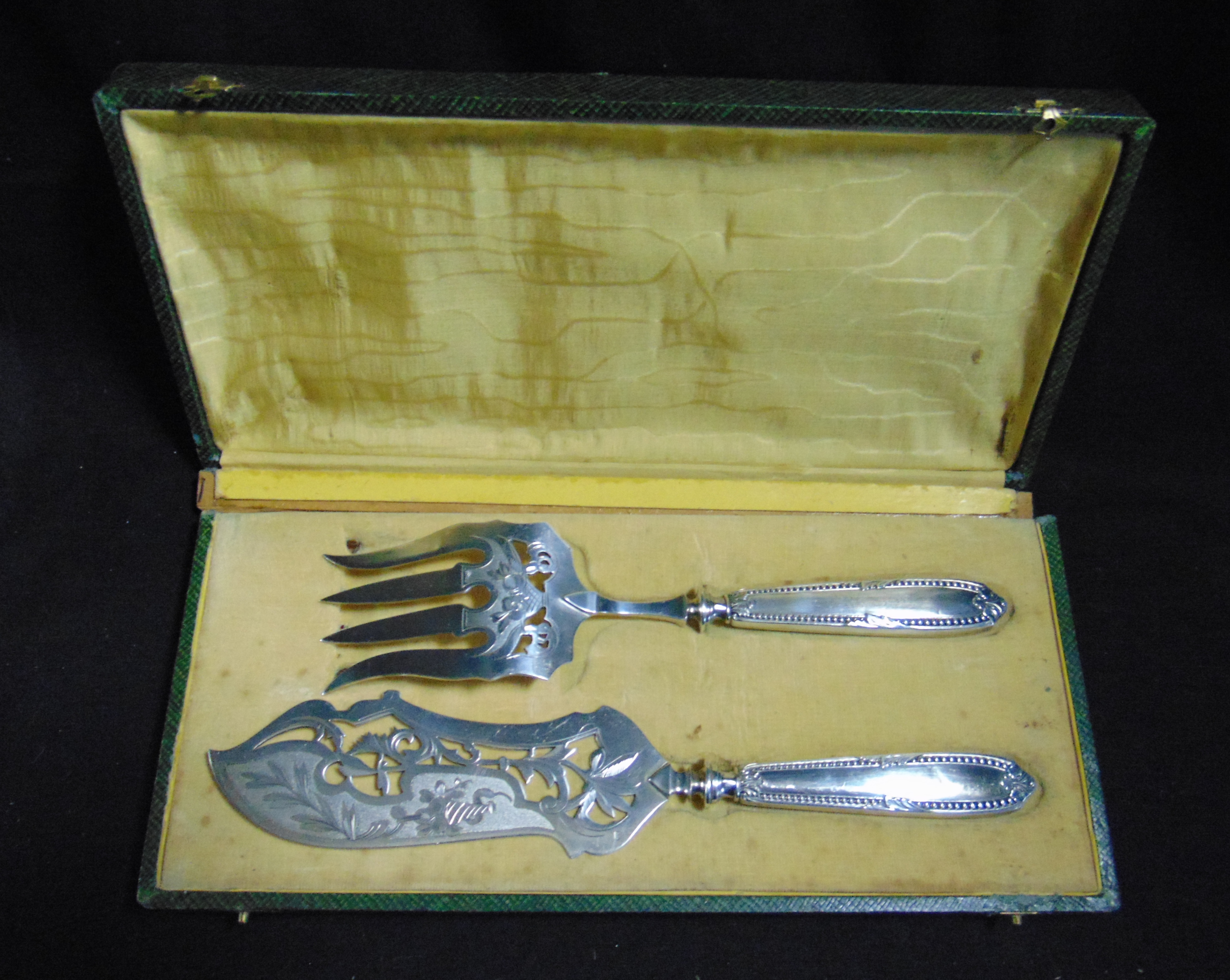 ENSEMBLE A POISSON METAL ARGENTE / SILVER PLATED FISH SERVICE