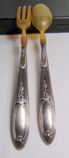 COUVERTS A SALADE ARGENT FOURRE/ SILVER SALAD SERVERS