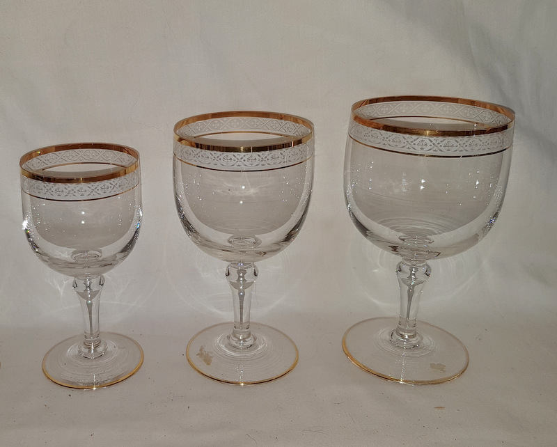 VERRES CRISTAL BORDS DORES / CRYSTAL GLASSES GOLDEN EDGES