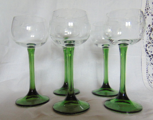 5 VERRES A ALSACE / 5 ALSACE GLASSES