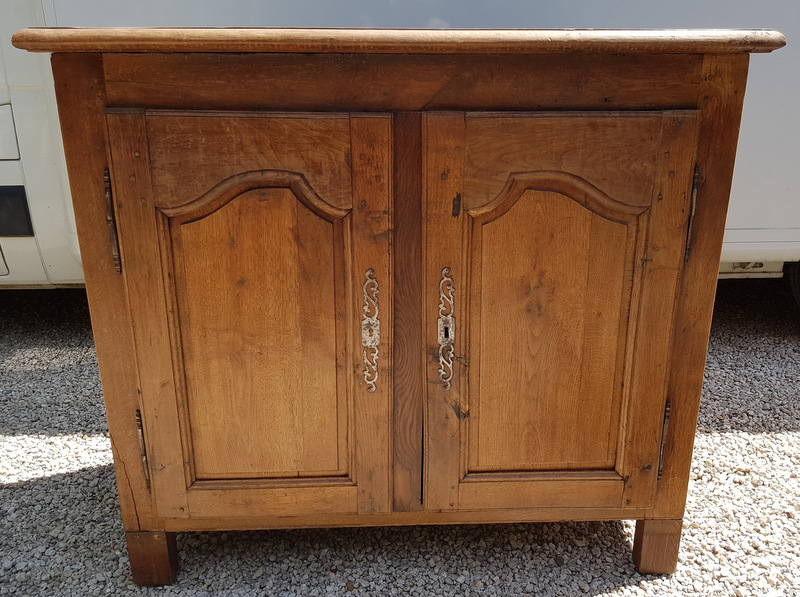 BUFFET D'APPUI EN CHENE CLAIR / OAK LIGHT HIGH SIDEBOARD