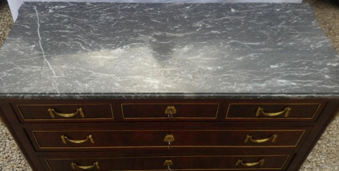 COMMODE STYLE LOUIS XVI ACAJOU / MAHOGANY CHEST OF DRAWERS LOUIS XVI STYLE