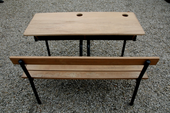 BUREAU D'ECOLIER DOUBLE / DOUBLE  DESK OF SCHOOL