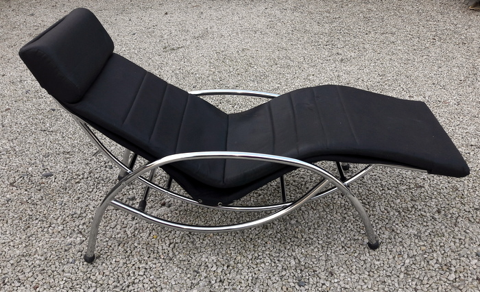 CHAISE LONGUE A BALANCIER / LOUNGE CHAIR