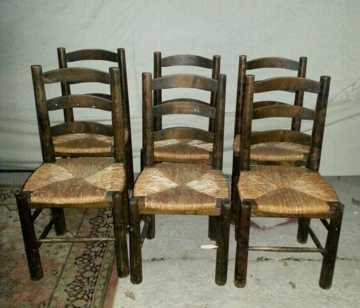 6 CHAISES ASSISE PAILLE / 6 CHAIRS WITH STRAW SEAT