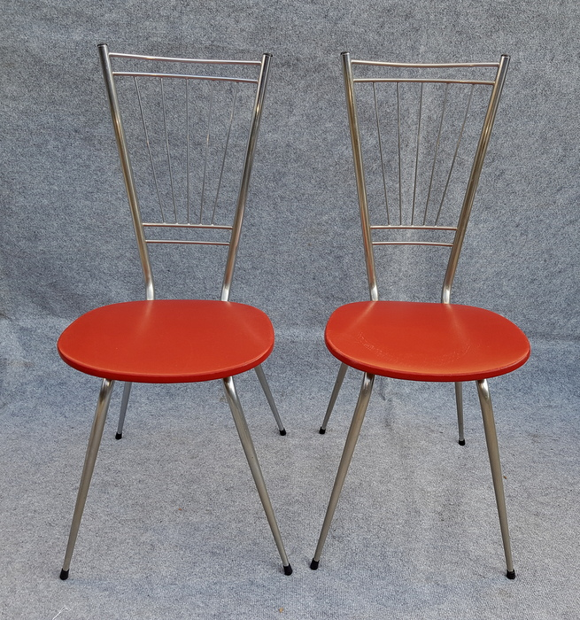 2 CHAISES VINTAGE DOSSIER EVENTAIL / 2 VINTAGE CHAIRS