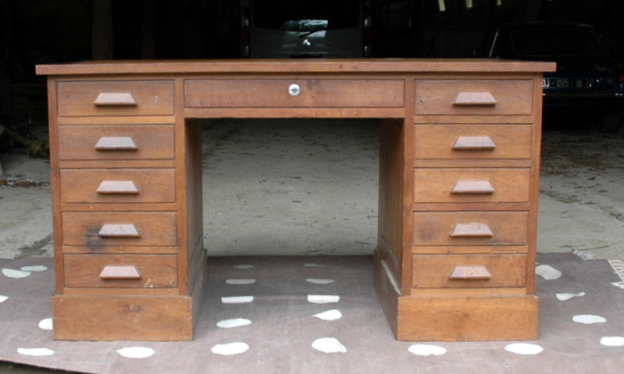 BUREAU A DOUBLE CAISSONS / DOUBLE BOXES OAK DESK