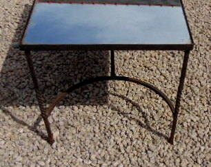 TABLE BASSE FER FORGE ET MIROIR / COFFEE TABLE IRON AND MIRROR