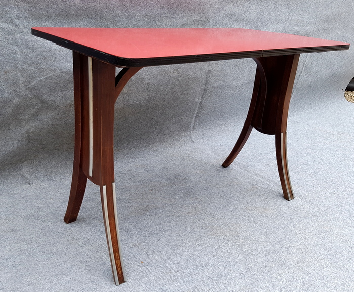 TABLE DE BAR FORMICA ROUGE / RED FORMICA COFFEE TABLE
