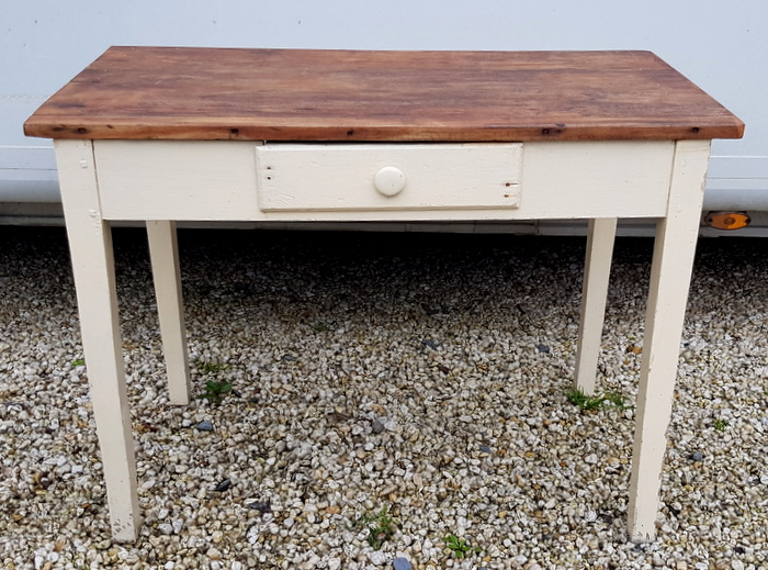 PETITE TABLE 1 TIROIR PEINTE / SMALL PAINTED TABLE 1 DRAWER