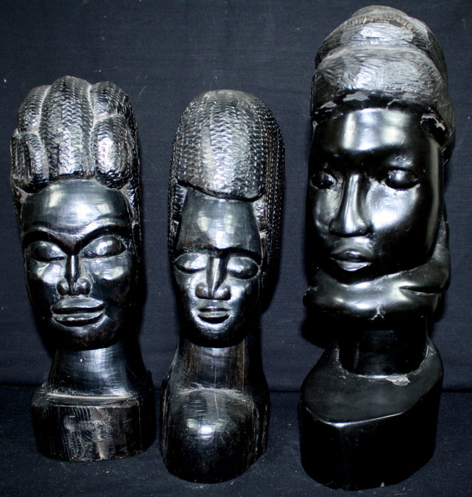 3 BUSTES AFRICAINS / 3 AFRICAN BUSTS